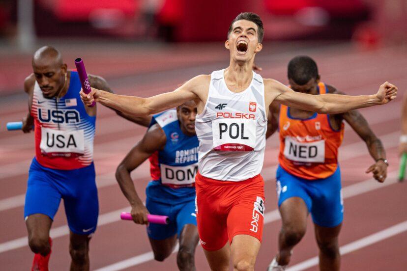 Kajetan Duszyński finiszuje na pierwszym miejscu podczas igrzysk olimpijskich w Tokio  Fot. PZLA